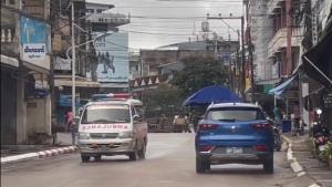 พม่าส่งตัวสาวไทยติดโควิดท่าขี้เหล็กข้ามแดนกลับคนแรก เหลืออีกนับร้อย