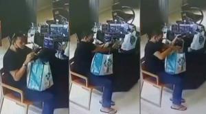 """เปิดกล้องวงจรปิด! หนุ่มหน้าตาดี ขโมยกล่องทิปบ็อกซ์ในร้านผู้พิการ """"ยิ้มสู้คาเฟ่"""""""