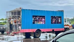 """ตะลึง! พบแรงงาน """"บ.เครือสหฟาร์ม บึงสามพัน"""" ติดโควิดทั้งไทย-ต่างด้าวเบ็ดเสร็จ 3,177 ราย"""