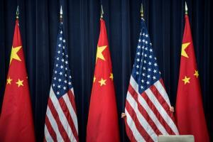 """จีนวอนสหรัฐฯ หยุด """"สร้างภาพจีนเป็นปีศาจ"""" ระหว่างการพูดคุยระดับรัฐมนตรี"""
