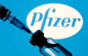 แค่ปี 2021! ไฟเซอร์คาดขายวัคซีนโควิดโกยเงินทะลุ 1.1 ล้านล้าน ย้ำจำเป็นต้องฉีดเข็ม 3