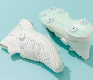 """""""No Dye"""" รองเท้ากอล์ฟคอลเลคชั่นพิเศษ ลดการใช้น้ำและพลังงาน"""