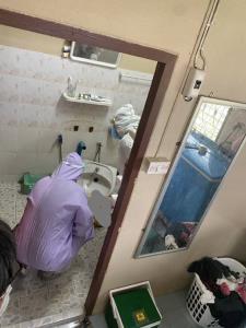 สลด! ปธ.แม่บ้านจิตอาสา ล้มเสียชีวิตในห้องน้ำ หลังฉีดวัคซีนเข็ม 2 ได้เพียง 2 วัน