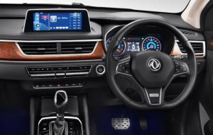 """""""อีวี ฮาลิโคนิก"""" เปิดตัว DFSK Glory i-Auto เอสยูวี 7 ที่นั่ง น้องใหม่จากจีน  ราคา 899,000 บาท"""