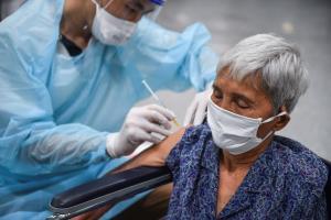 ไทยฉีดวัคซีนโควิด-19 แล้ว 40.9 ล้านโดส กรุงเทพฯ ฉีดวัคซีนเข็มแรกกว่า 95.4%