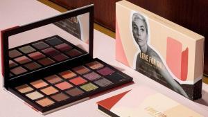 Love For Sale อายแชโดว์พาเลทเม็ดสีแน่น จาก Haus Labs