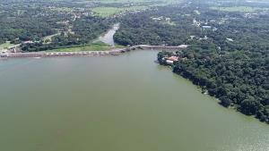ห่วงน้ำทะลักเข้าเขื่อนอุบลรัตน์ ระดับกักเก็บใกล้แตะ 80% สั่งเร่งระบายวันละ 15 ล้าน ลบ.ม.