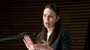 นิวซีแลนด์เลิกนโยบาย 'โควิดเป็นศูนย์' หันปรับตัวอยู่ร่วมกับไวรัส