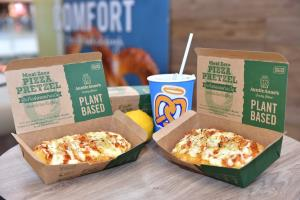 """อานตี้ แอนส์ รุกตลาด Plant-Based เปิดตัว """"Meat Zero Pizza Pretzel"""""""