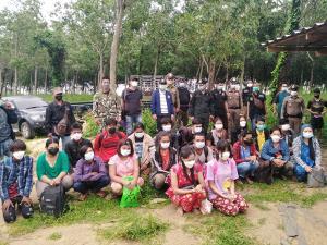 ทะลักไม่หยุด ชาวพม่าลักลอบข้ามแดนต่อเนื่อง วันนี้รวบได้อีก 21 ราย