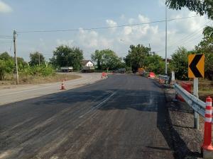 """ซ่อมเสร็จแล้ว! ถนนสาย """"โนนสูง-โนนไทย"""" ชาวบ้านสัญจรสะดวก ทช.เผยอีก 32 สายน้ำท่วมสูง-ชำรุด เร่งสำรวจประเมินงบซ่อมแซม"""