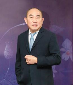 นายนนท์ กลินทะ ประธานเจ้าหน้าที่สายการพาณิชย์ บริษัท การบินไทย จำกัด (มหาชน)