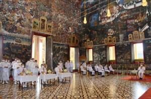 ในหลวง โปรดสถาปนาเลื่อนอิสริยฐานันดรในสมณศักดิ์พระสงฆ์ 6 รูป
