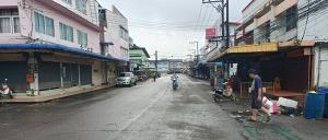 สถานการณ์น้ำจันทบุรีเริ่มคลี่คลายหลังไม่มีฝนใหม่ตกซ้ำ ถนนหลายสายน้ำลดตามลำดับ