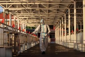 """จีนประกาศเตือน """"โรคระบาดซ้อน"""" หวั่นไวรัสไข้หวัดใหญ่เล่นงานพร้อมโควิด"""