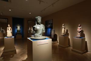 ชมการจัดแสดงนิทรรศการประวัติศาสตร์-โบราณคดีก่อนพุทธศตวรรษที่ 18