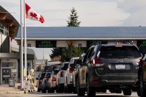 เรื่องใหญ่! ปวดฉี่สุดกลั้นตอนรถติดหนักในแคนาดา ถึงขั้นโทร.แจ้ง 911 ขอความช่วยเหลือ (ฟังเสียง)
